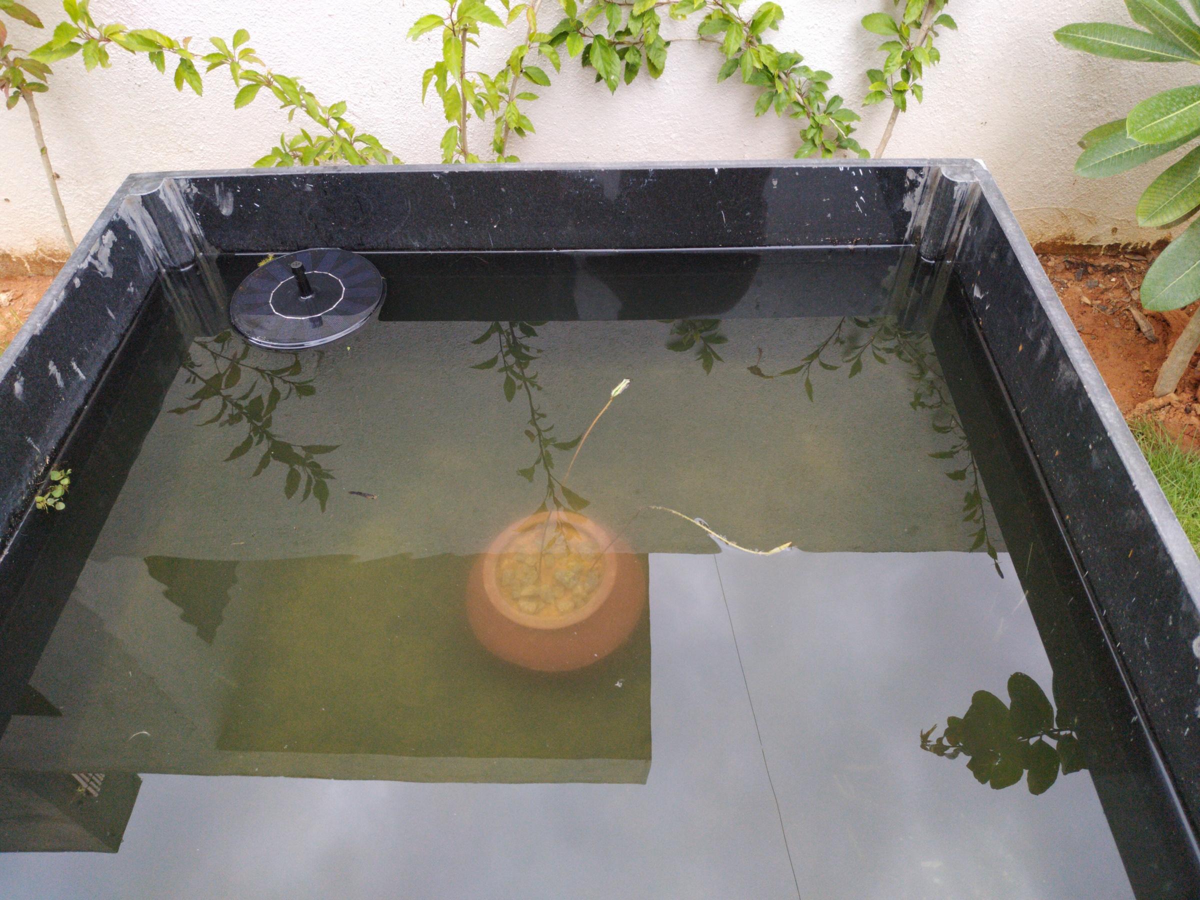 Granite Lotus Pot